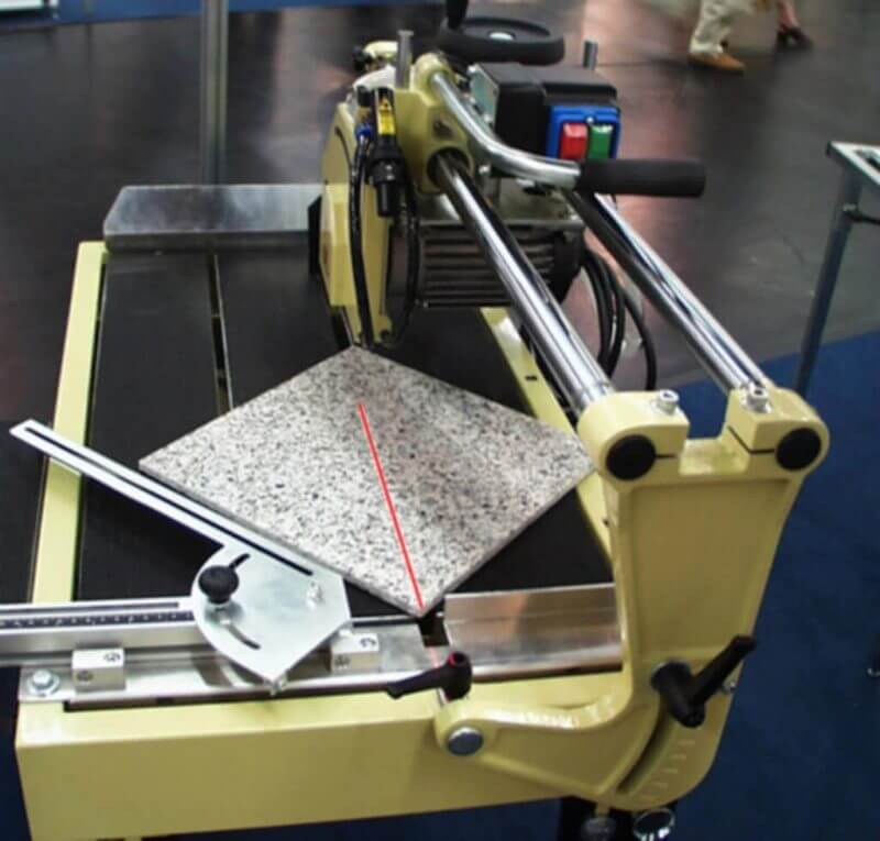 , Tile Cutting with Laser Support